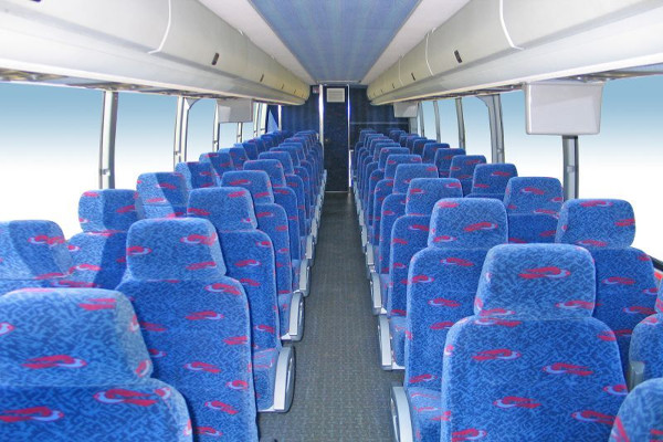 50 Person Charter Bus Rental Des Moines